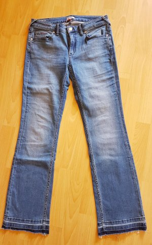 bf1a30fe Tommy Hilfiger Denim Jeans at reasonable prices | Secondhand | Prelved