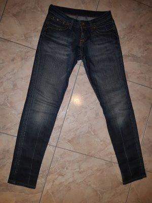 Tommy Hilfiger Jeans Gr 26/30 NEU