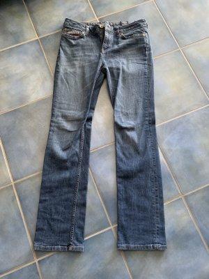 Tommy Hilfiger Jeans in Größe 28/32.