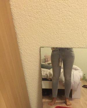 Tommy Hilfiger jeans !!! Schnäppchen !!!