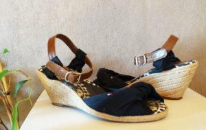 Tommy Hilfiger Wedge Sandals oatmeal-dark blue leather