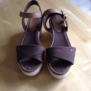 Tommy Hilfiger High-Heeled Sandals brown-cream