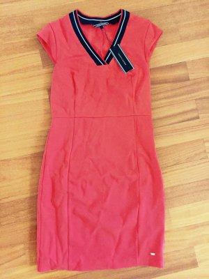 Tommy Hilfiger Kleid Neu mit Etikett Größe 34