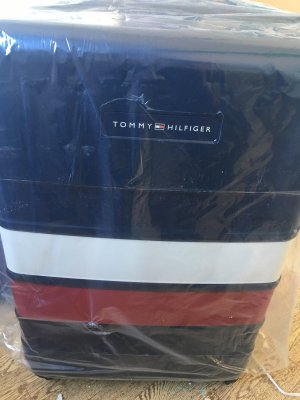 Tommy Hilfiger Suitcase black