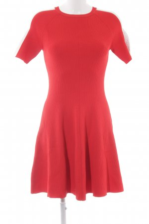 Tommy Hilfiger Kurzarmkleid rot Street-Fashion-Look