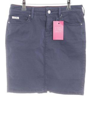 Tommy Hilfiger Minifalda azul look casual