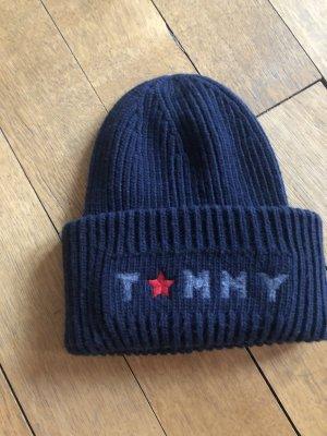 Tommy Hilfiger Chapeau en tricot bleu foncé laine