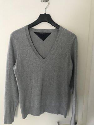 Tommy Hilfiger Pullover mit V-Ausschnitt grau