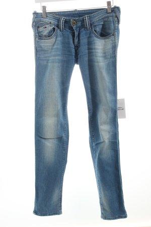 Tommy Hilfiger Röhrenjeans blau Street-Fashion-Look