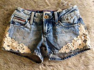 Tommy Hilfiger Rosie Jeans Shorts Hot Pants Gr. 24 XXS 32