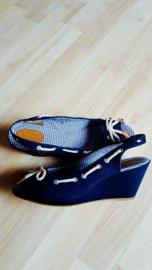 Tommy Hilfiger Sandalen mit Keilabsatz Gr. 40