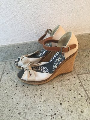 Tommy Hilfiger Sandaletten mit Keilsatz in 39