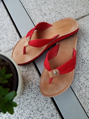 Tommy Hilfiger High-Heeled Toe-Post Sandals red