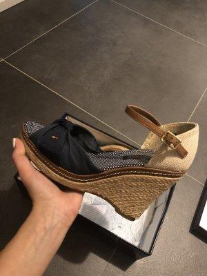 Tommy Hilfiger Schuhe Größe 38