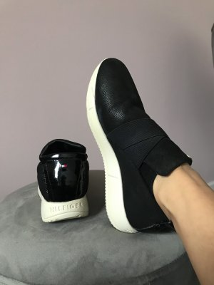 Tommy Hilfiger Slip-on Sneakers black