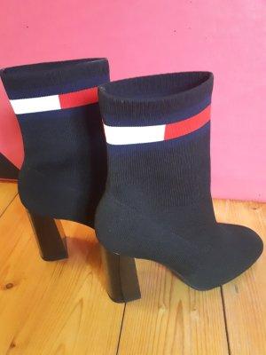 Tommy  Hilfiger  Sock Helled Boot Schlupstiefel, neu