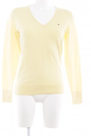 Tommy Hilfiger V-Neck Sweater yellow casual look
