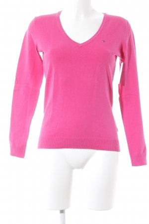 Tommy Hilfiger V-Ausschnitt-Pullover pink Street-Fashion-Look