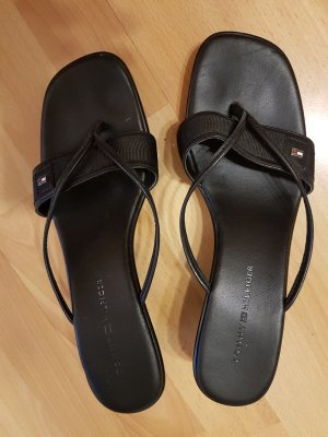 Tommy Hilfiger High-Heeled Toe-Post Sandals black