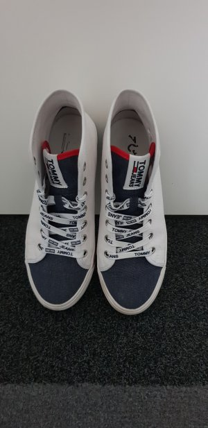 Tommy Jeans Chuck