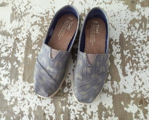 Toms Espandrilles Slip Ons Trend
