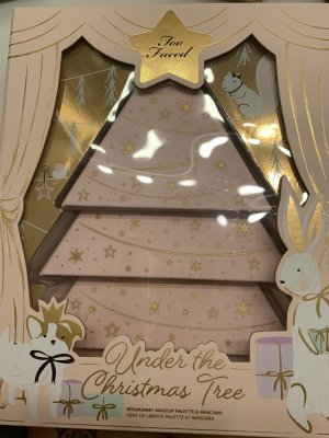 Too Faced, under the Christmas Tree Lidschattenpalette
