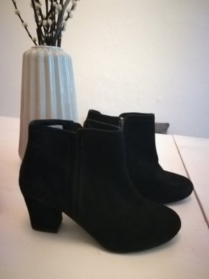 Cox Ankle Boots black leather