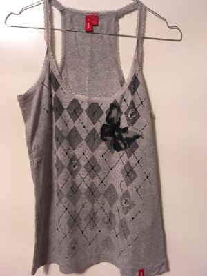 Top Basic mit Print butterfly