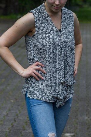 Top Bluse Volant grau schwarz Knopf Schleier