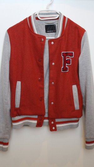 College jacken fur 10 euro