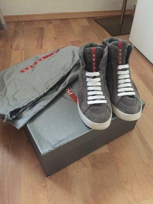 Top Gepflegte Prada Sneaker
