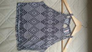 Top mit schwarz-weis Muster