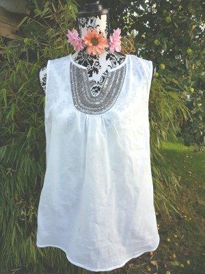Top mit wunderschönen Perlen und Pailletten von Mango Premium Gr. 40