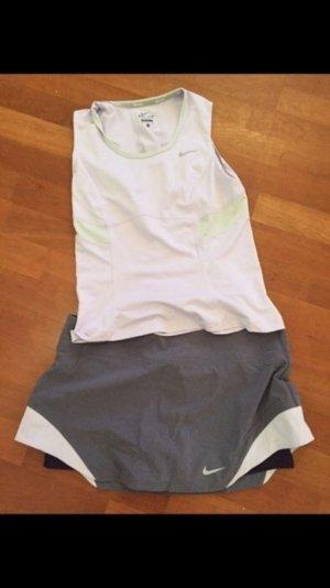 Top Nike nude lila Sport sporttop neuwertig