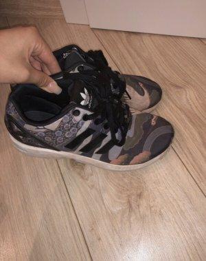 TOP Original Adidas sneaker gr. 39