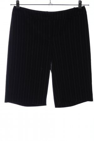 Top Studio Bermudas black-white striped pattern casual look