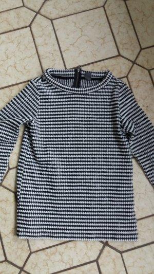 s.Oliver Short Sleeve Sweater black-white