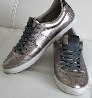 Topaktuelle ZARA BASIC Schuhe, Sneakers