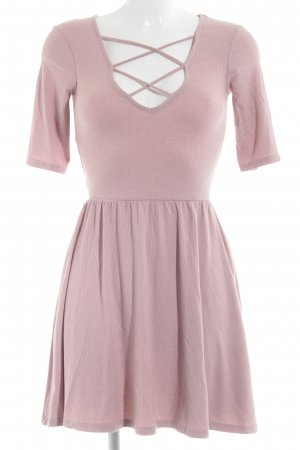 Topshop Robe trapèze rose style simple