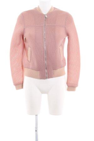 Topshop Chaqueta tipo blusa rosa look casual