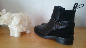 Topshop Boots schwarz