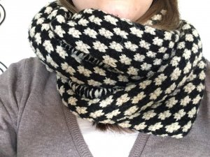 Topshop Knitted Scarf black-natural white