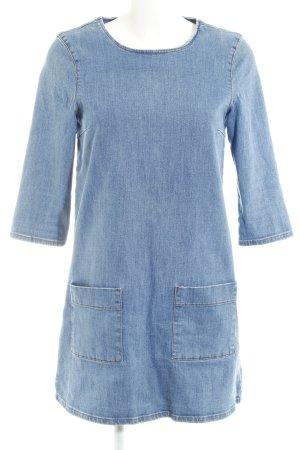 Topshop Jeanskleid stahlblau Street-Fashion-Look