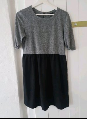 Topshop Kleid mit Jersey grau schwarz S