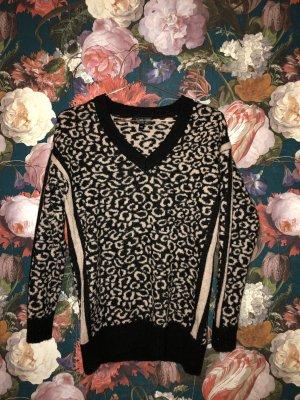Topshop Knit Pullover im Animal Design // Leopard