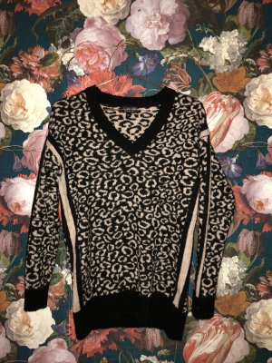 Topshop Knit Pullover im Animal Design // Leopard