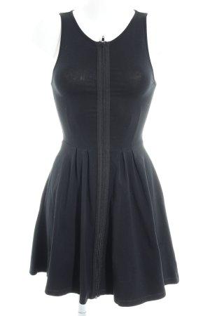 Topshop Vestido de manga corta negro look casual