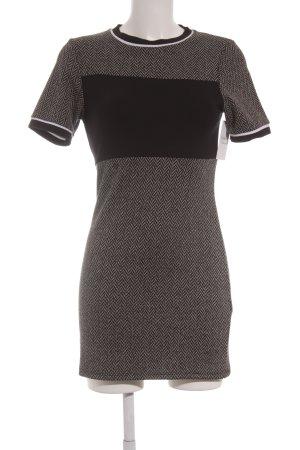 Topshop Kurzarmkleid schwarz-weiß grafisches Muster sportlicher Stil