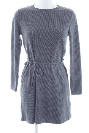Topshop Langarmkleid grau-dunkelblau Streifenmuster Street-Fashion-Look