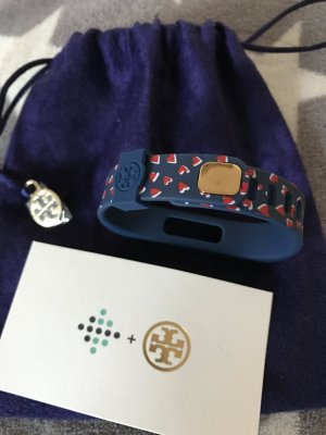 Tory Burch Silikon Armband blau mit Herzen neu